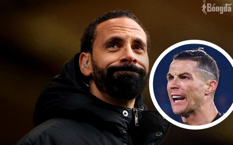 """Sau chiến thắng """"nghẹt thở"""" trước Villarreal, Ronaldo đã nhắn gì cho Ferdinand?"""