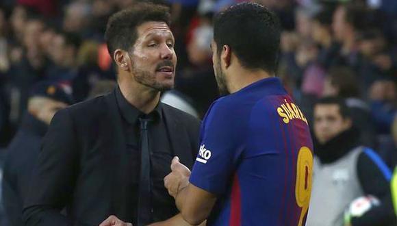 HLV Simeone từ chối thảo luận về mối quan tâm về điều khoản chuyển nhượng của Suarez