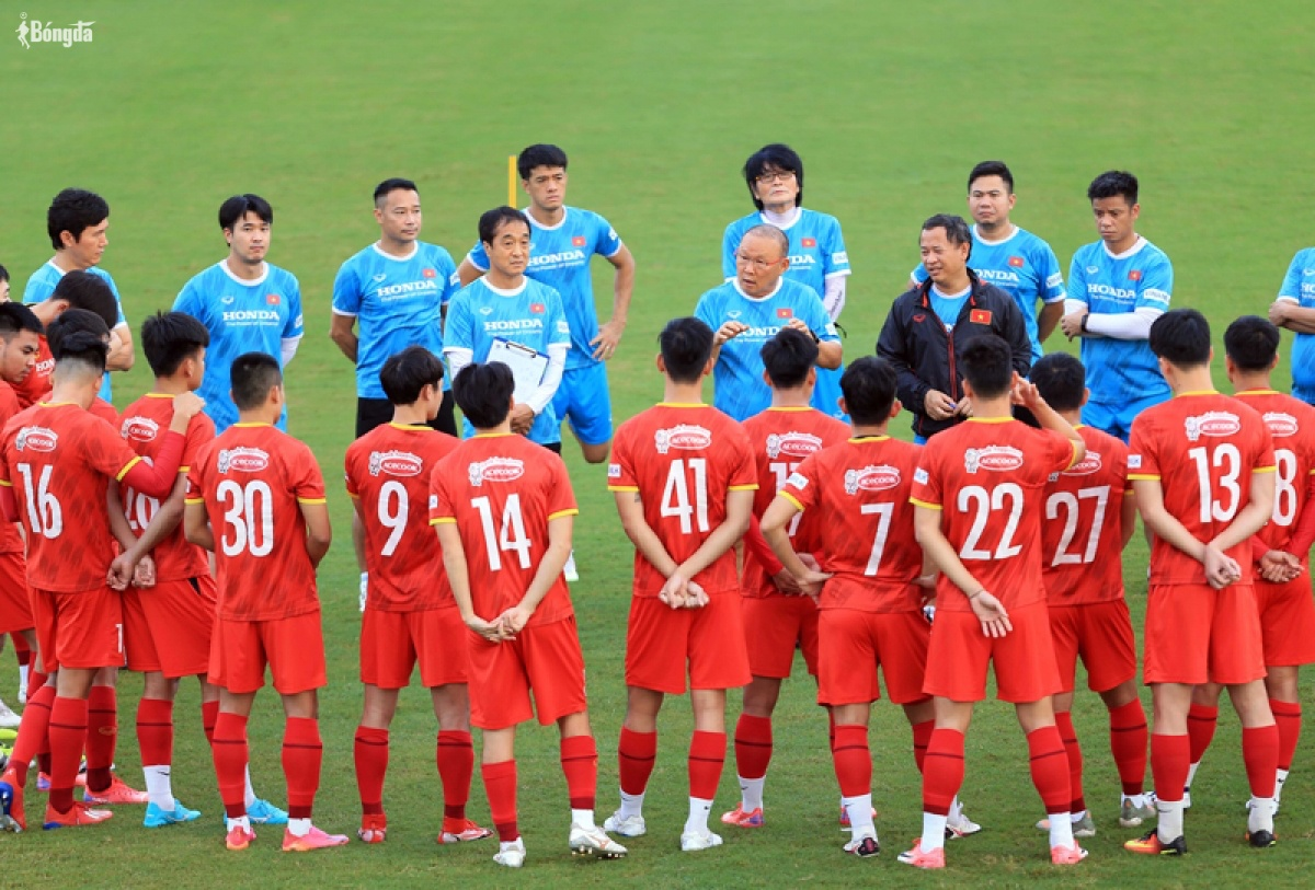 Danh sách ĐT Việt Nam lên đường chuẩn bị trận gặp ĐT Trung Quốc