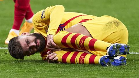 Chấn thương của Gerard Pique cần 4-5 tháng để hồi phục