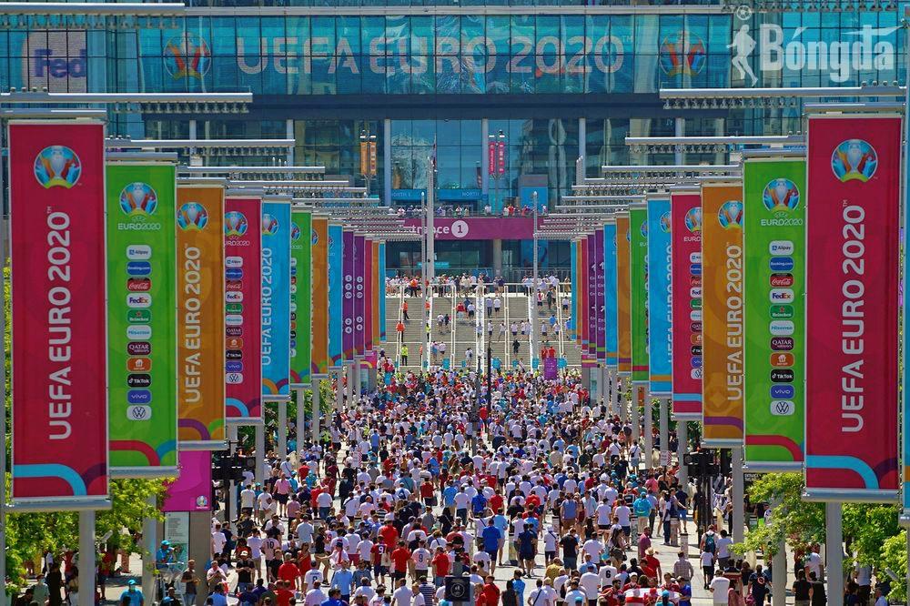 EURO 2020: Thánh địa Wembley đón hơn 60.000 người hâm mộ cho các trận bán kết và chung kết