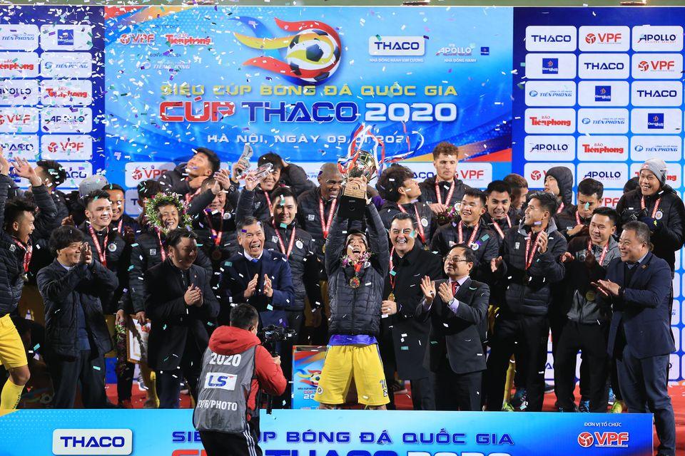 Hà Nội FC : Hãy đá theo cách của bạn