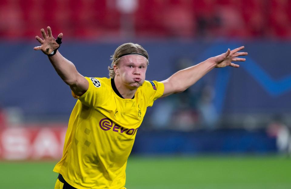 Erling Haaland sẽ không đến Bayern chừng nào Lewandowski vẫn còn ở đó