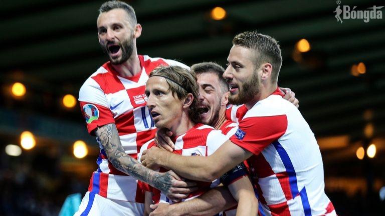 Kết quả Croatia 3-1 Scotland: Luka Modric - gừng càng già càng cay