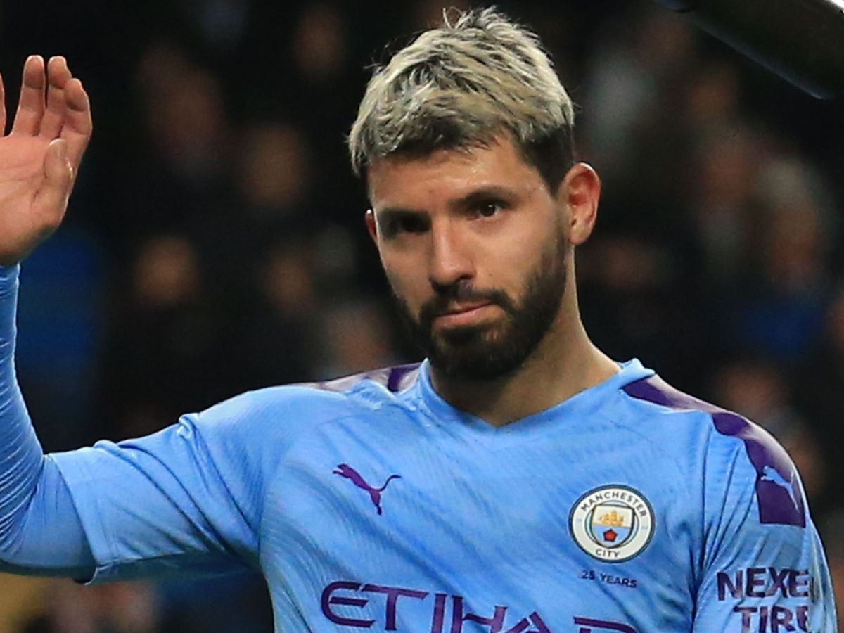 Aguero xác nhận kết thúc 10 năm thi đấu của mình tại Man City