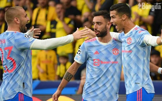 Thua ngược sau bàn thắng của Ronaldo, HLV Solskjaer của MU nổi trận lôi đình