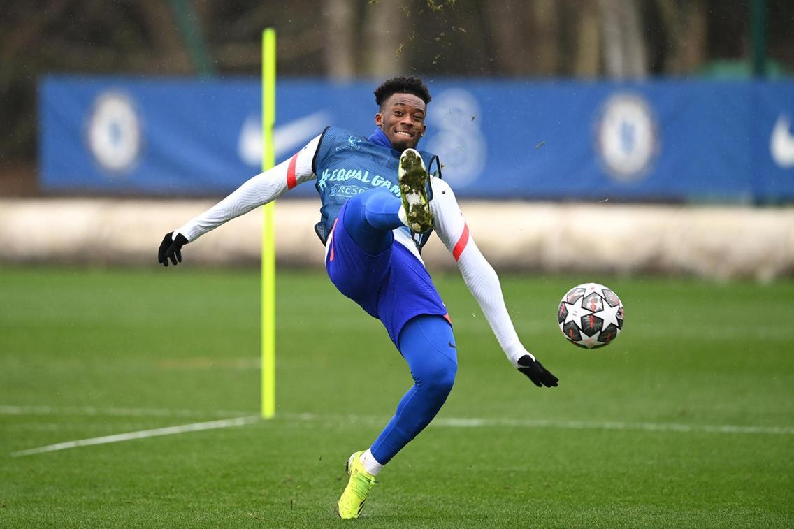 Callum Hudson-Odoi của Chelsea tập luyện chăm chỉ cho Champions League sau khi bị Thomas Tuchel khiển trách