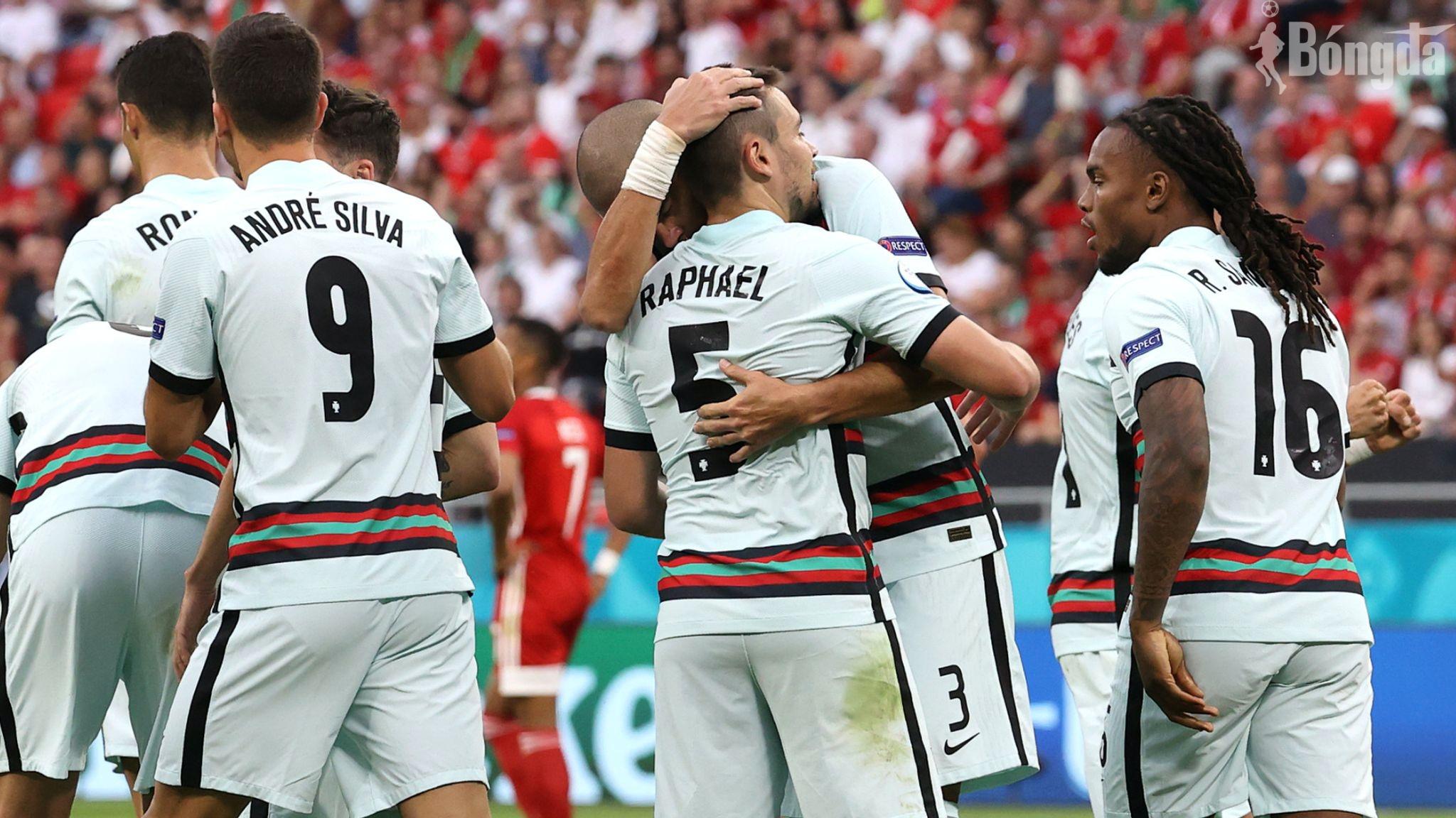 Bồ Đào Nha vs Hungary: Ronaldo lập cú đúp muộn
