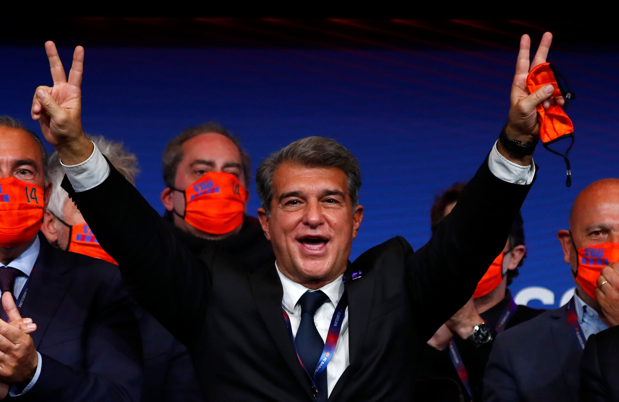 Joan Laporta đắc cử chức chủ tịch Barcelona lần thứ hai