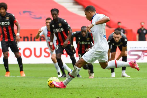Kylian Mbappe mở tỉ số cho PSG