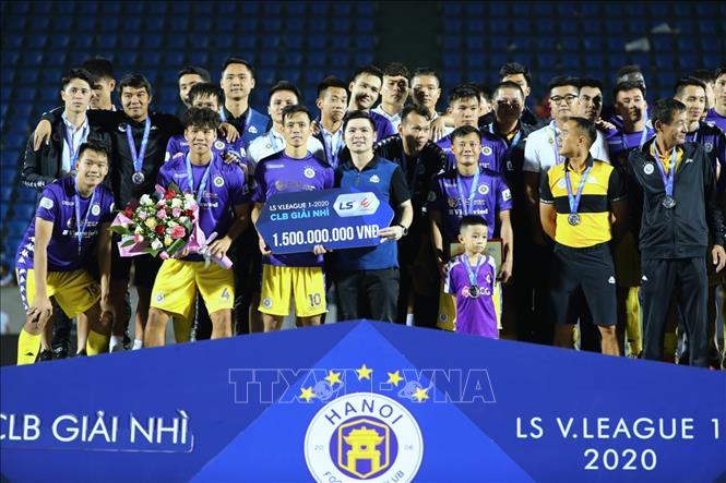 Thắng Than Quảng Ninh 4-0 nhưng Hà Nội vẫn tuột mất ngôi vương V-League 2020