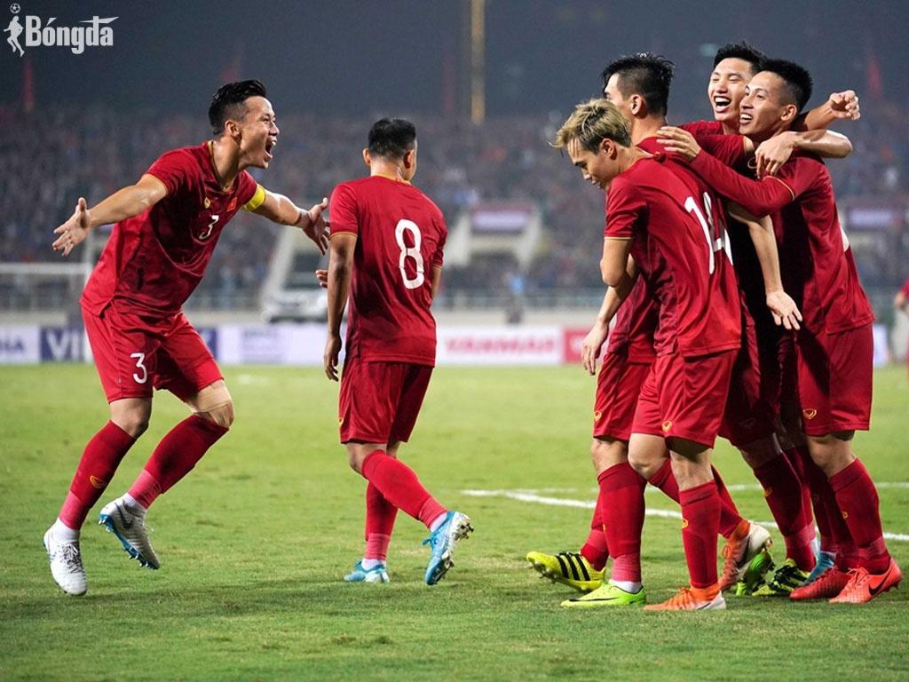 """AFF Cup đá tập trung, HLV Park Hang Seo """"réo tên"""" Hùng Dũng, Văn Lâm"""