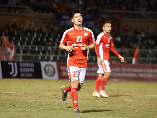 Bị treo giò, Công Phượng không thi đấu trận TP. HCM gặp Hà Nội FC, lỡ cơ hội đối đầu Quang Hải