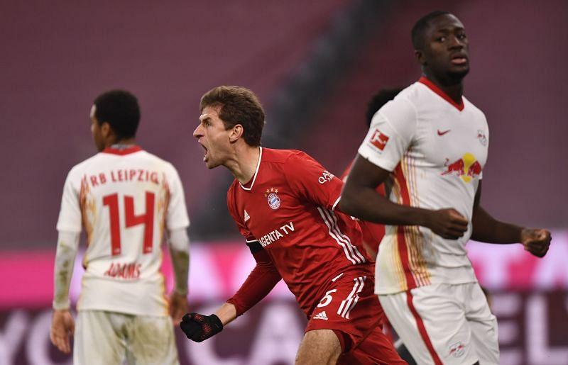 Daily Schmankerl: Thomas Müller của Bayern Munich tiếp tục gây kinh ngạc, Hansi Flick ủng hộ Joachim Löw