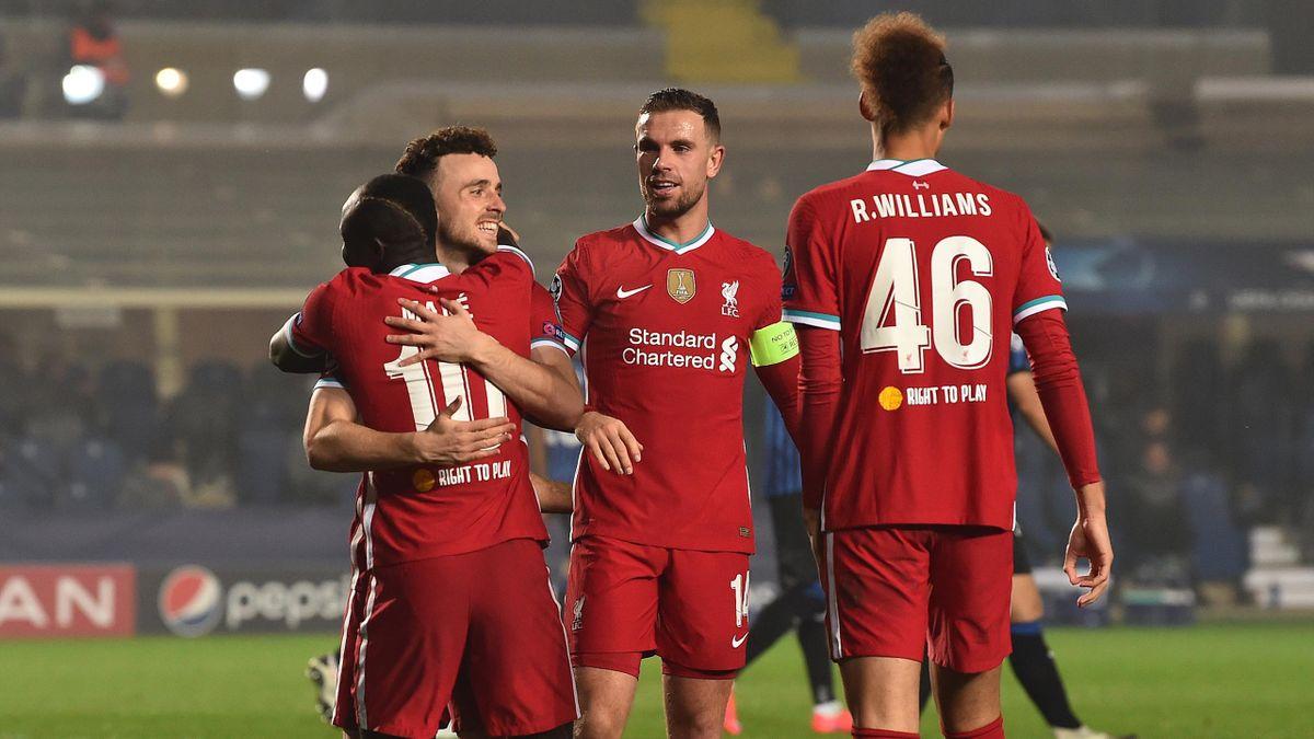Liverpool có cơn mưa bàn thắng tại Champions League