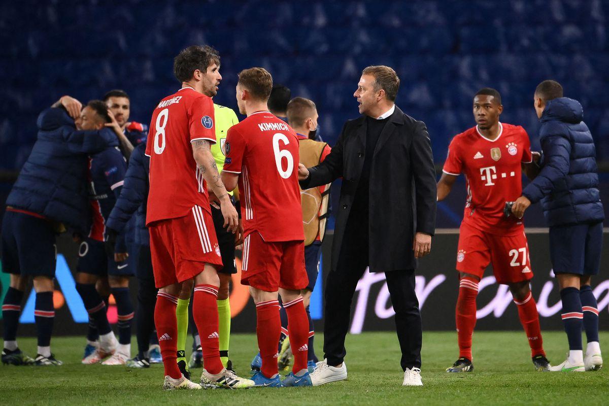 Hansi Flick ca ngợi chiến công của Bayern Munich dù để thua PSG ở Champions League
