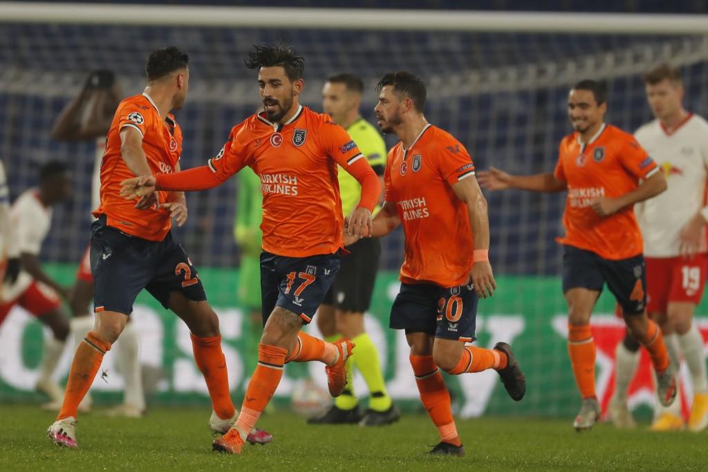 Basaksehir đã không thể thắng 5 trong 6 lần gặp các câu lạc bộ Bundesliga