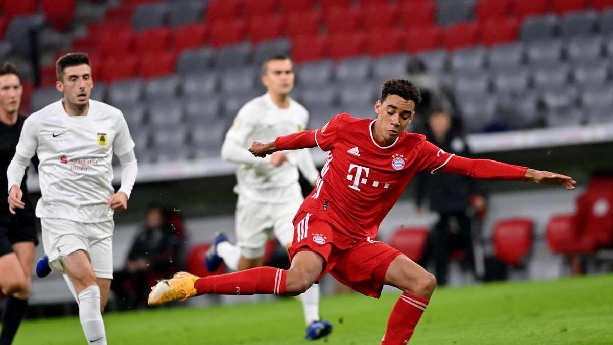 Huấn luyện viên người Đức Joachim Löw muốn đưa Jamal Musiala của Bayern Munich vào danh sách của ĐT Đức
