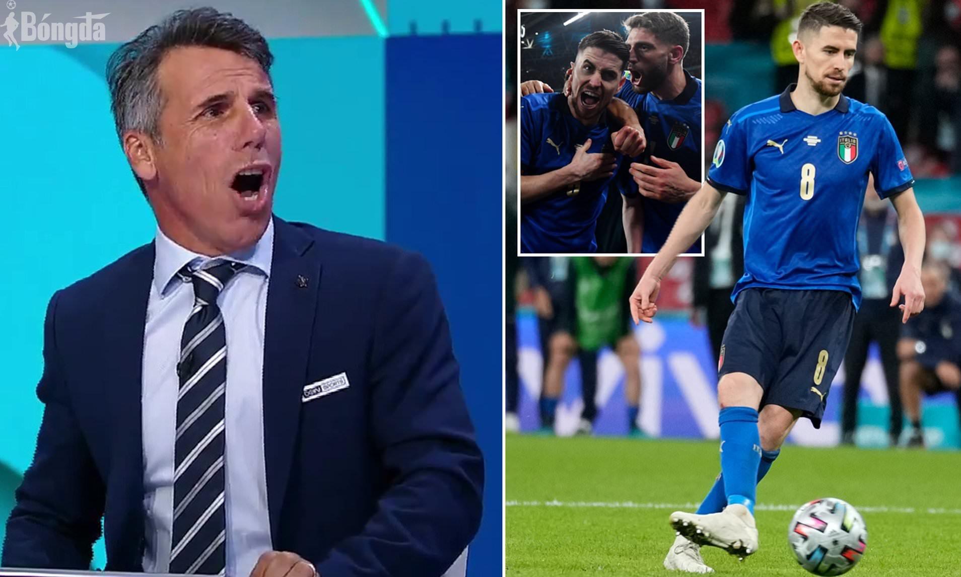 Huyền thoại Chelsea, Gianfranco Zola ăn mừng tuyển Ý chiến thắng