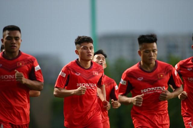 Cầu thủ trẻ nhất V-League được HLV Park Hang-seo đưa vào danh sách bổ sung cho U22 Việt Nam