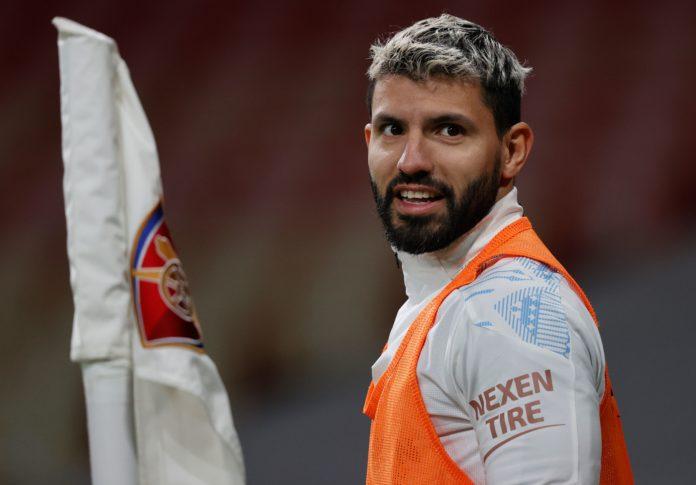 Sergio Aguero được cho là sẽ chuyển đến Paris Saint-Germain vào hè này