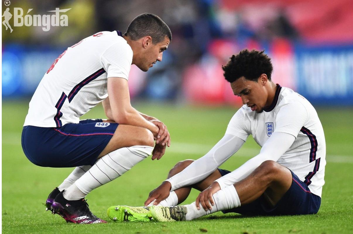 Tuyển Anh lo sốt vó khi Alexander-Arnold  bị loại khỏi Euro 2020