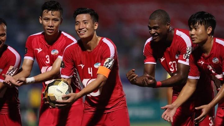 CLB Sài Gòn rớt hạng nhường vị trí đầu bảng cho CLB Viettel