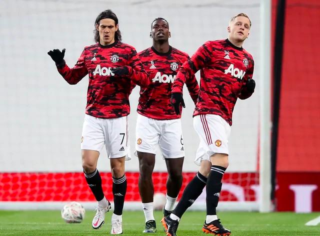 HLV Solskjaer không chắc về khả năng có mặt của bộ ba Man Utd trong chuyến hành quân đến Chelsea