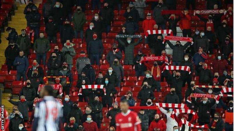 Covid-19: Gần 10,000 fan hâm mộ có thể được quay lại dự khán vào giữa tháng Năm