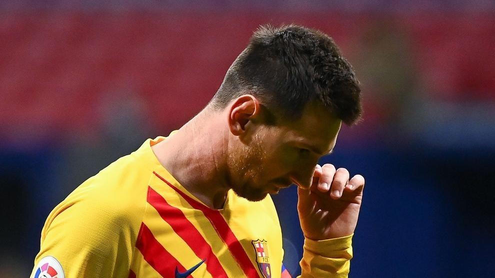 """Messi bị """"đá"""" ra khỏi đội hình trong trận Barca gặp Dynamo Kiev"""