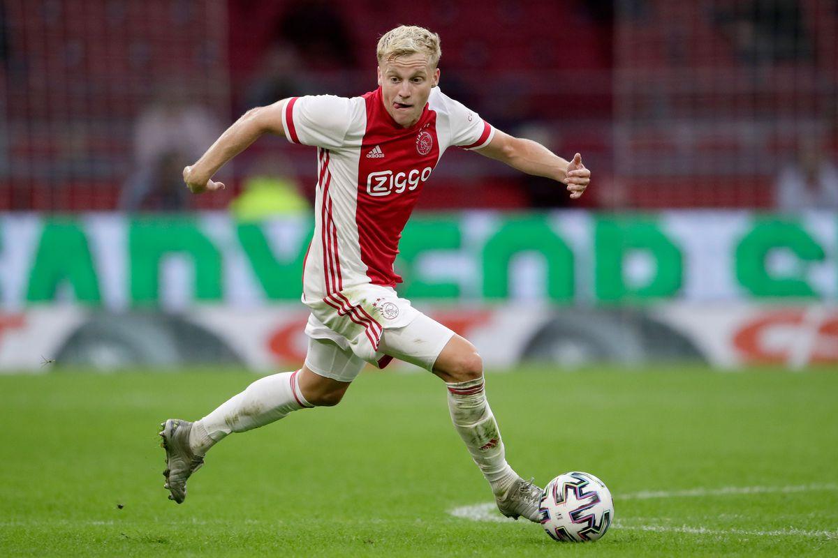 Hợp đồng triệu bảng giữa Van de Beek và Manchester United, liệu Van de beek có xứng đáng?