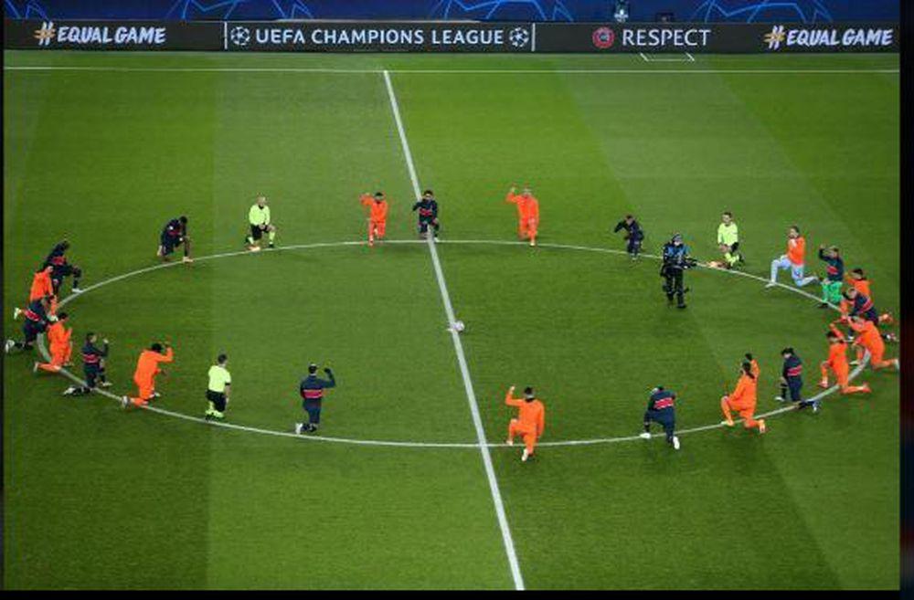 'Không phân biệt chủng tộc' - Các ngôi sao của PSG và Basaksehir quỳ gối như một thông điệp trước cuộc đụng độ tại Champions League.