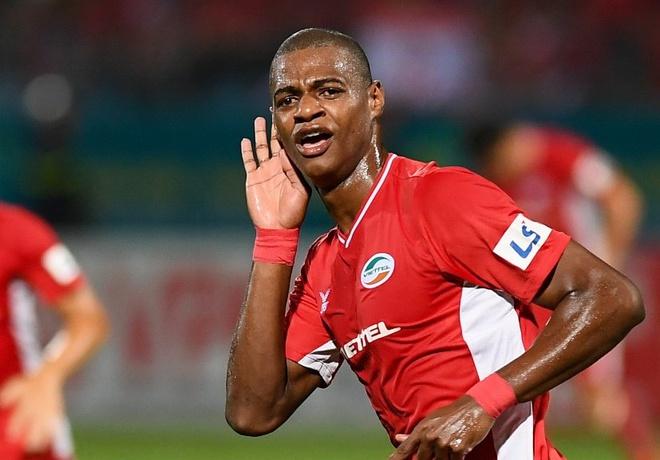 Hà Nội FC chiêu mộ tiền đạo Bruno