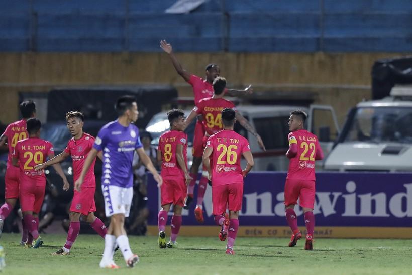 Cuộc chiến không khoan nhượng giữa Hà Nội FC và Sài Gòn FC