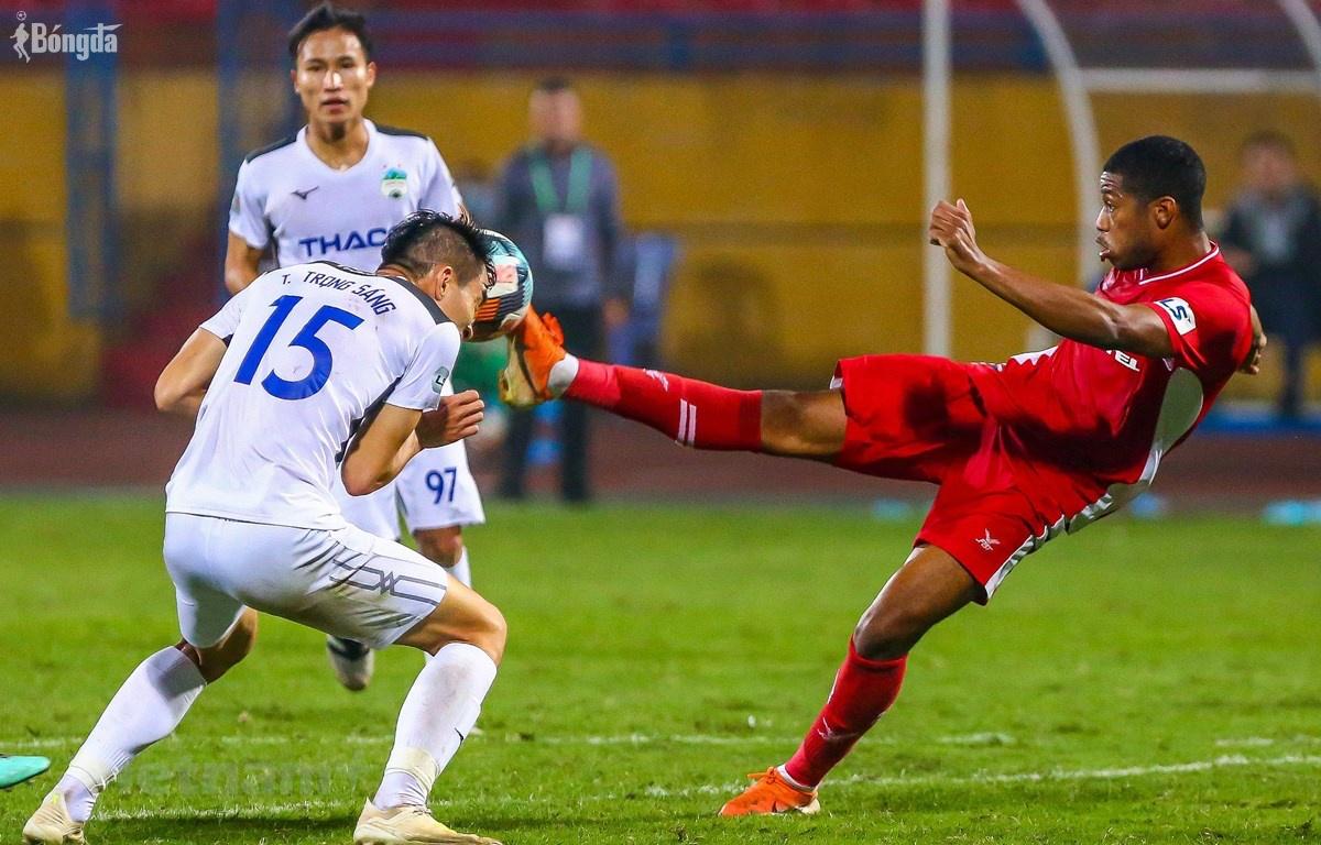 V-League: Khổ sở vì Covid-19