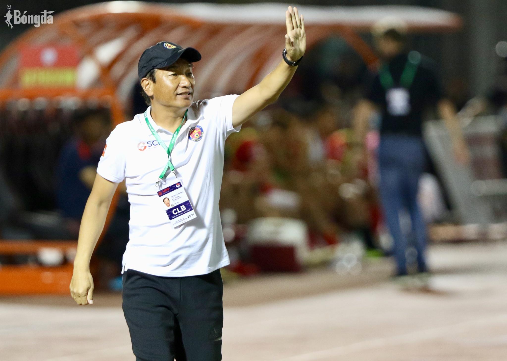 """Sài Gòn FC thẳng tay """"trảm"""" HLV trưởng chỉ sau 3 trận đấu"""