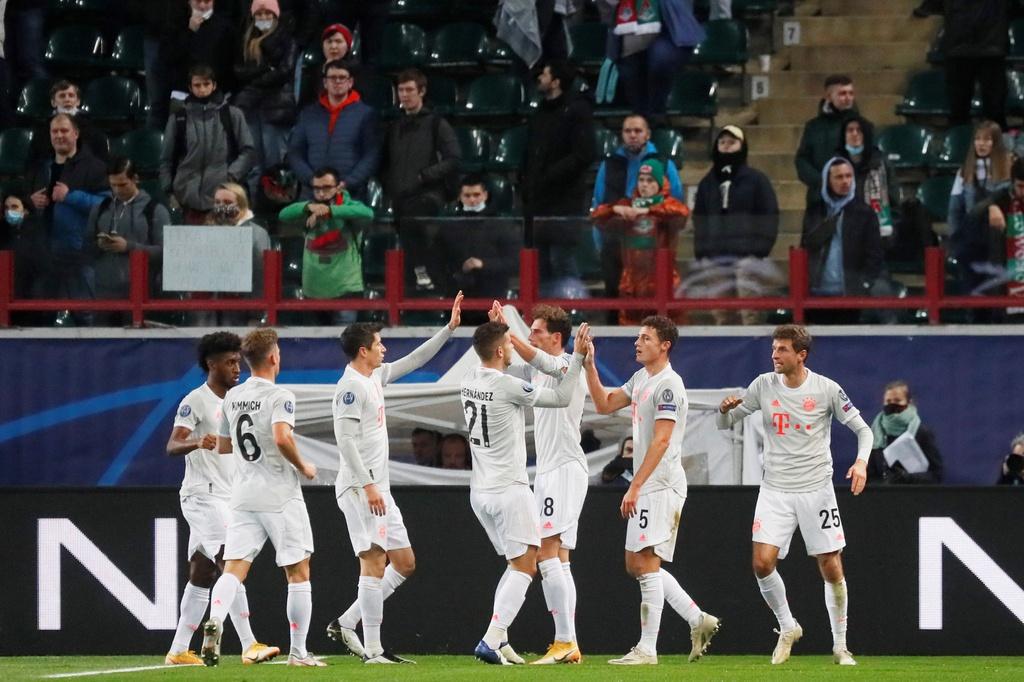 Bayern Munich dẫn đầu bảng A Champions League