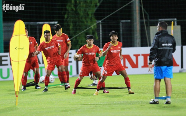 U22 Việt Nam miệt mài rèn luyện bất chấp thời tiết, không chủ quan tại vòng loại U23 Châu Á 2022