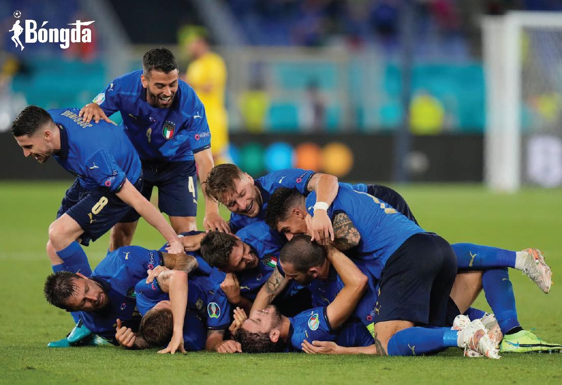 EURO 2020: Tuyển Ý giành chiếc vé đầu tiên vào vòng 16 đội