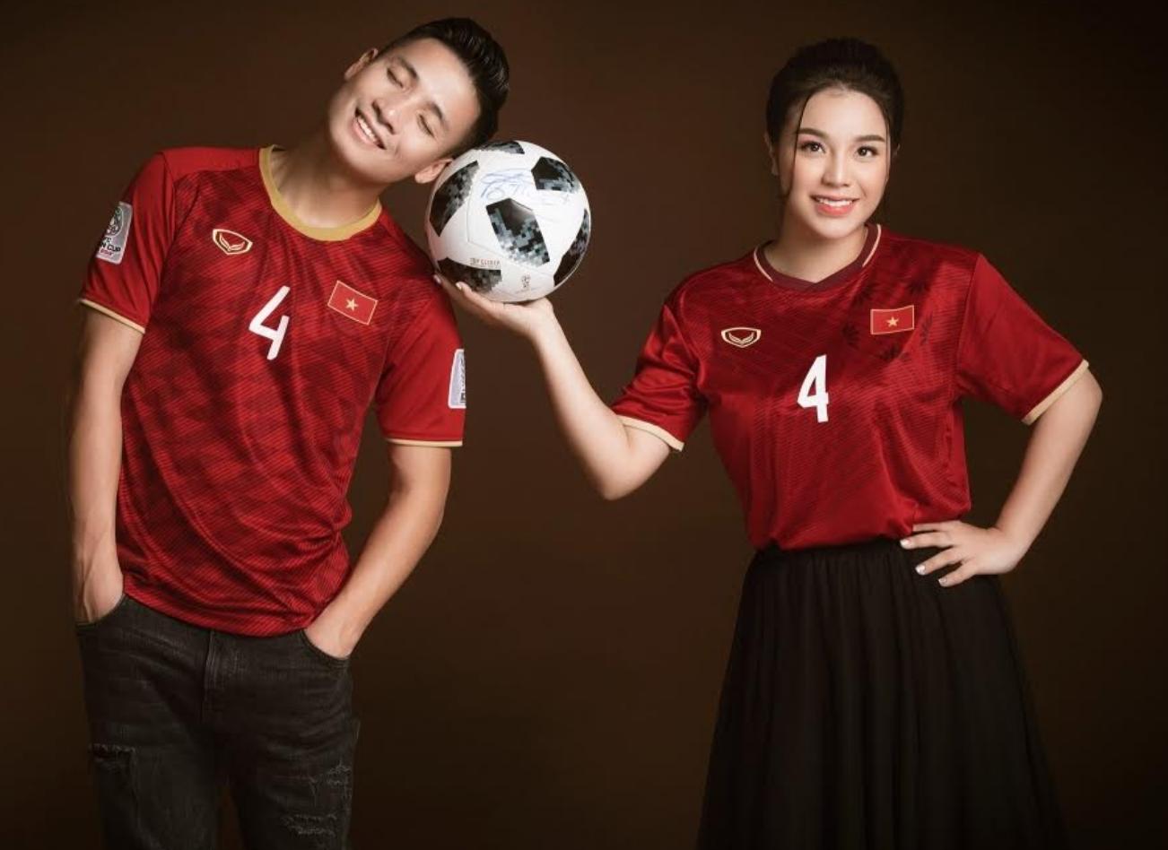 Trung vệ Bùi Tiến Dũng tung ảnh cưới lung linh bên bạn gái Khánh Linh