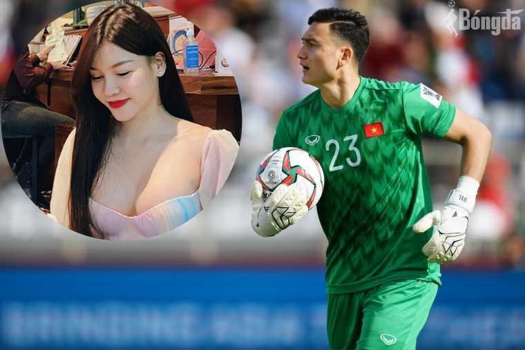 Bạn gái mừng sinh nhật cho Đặng Văn Lâm dù yêu xa
