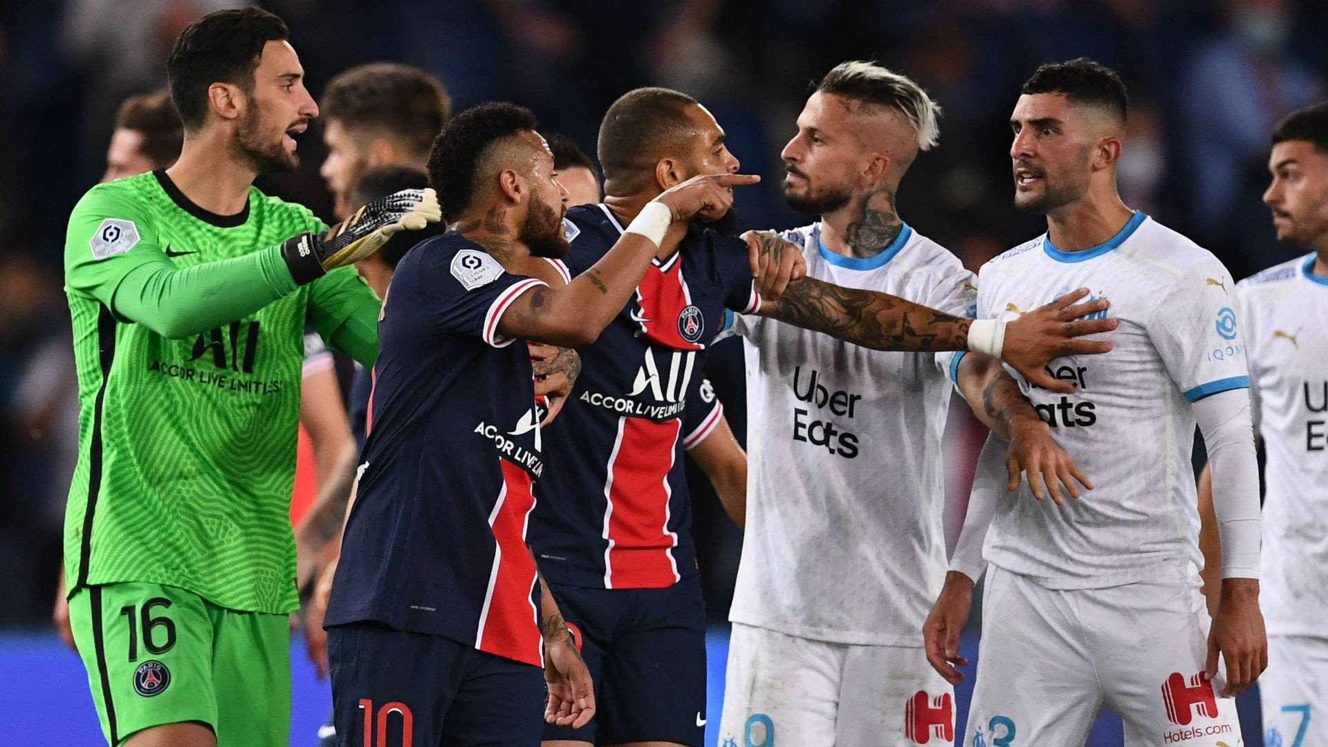"""Dimitri Payet ẩn ý Neymar với hình ảnh """"chó"""" trên trang cá nhân"""