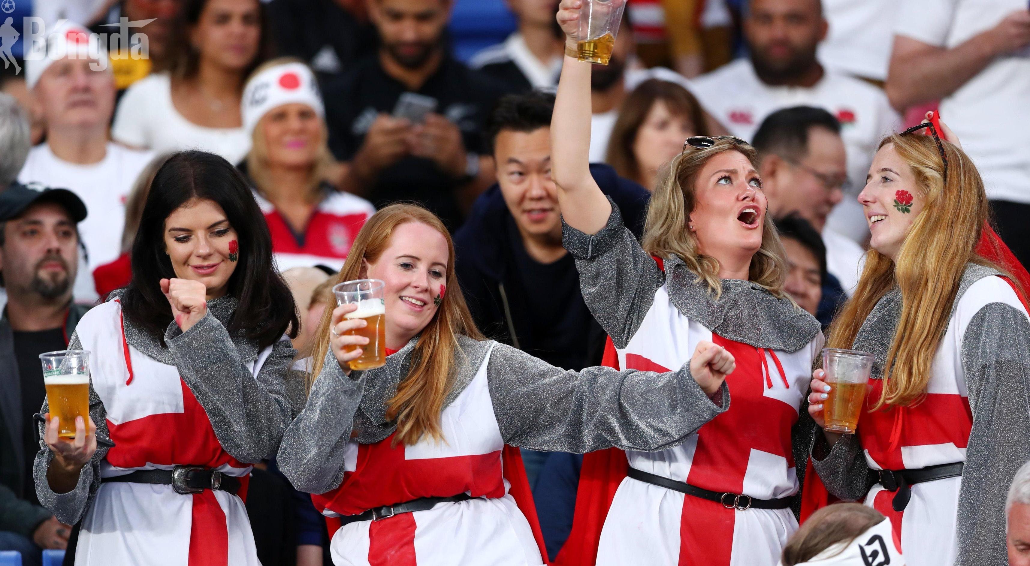 """EURO 2020: Hàng triệu người Anh chi khủng mua """"Bia"""" cho trận đại chiến giữa Anh và Đan Mạch"""