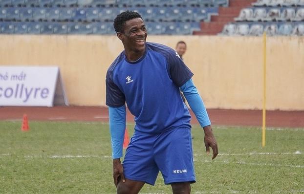 CLB Nam Định bổ sung trung vệ nhập tịch gốc Ghana