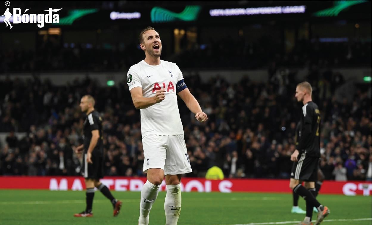 """Tottenham """"huỷ diệt"""" đối thủ 5-1, Harry Kane lập hat-trick lịch sử"""