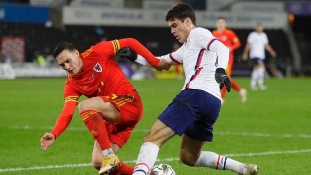 Gio Reyna của Borussia Dortmund ra mắt USMNT trong trận gặp đội tuyển xứ Wales