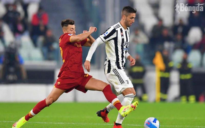 AS Roma đánh rơi chiến thắng trước Juventus vì trọng tài?