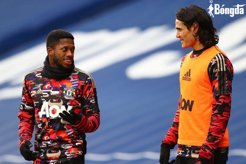 Manchester United thuê máy bay đưa Edinson Cavani và Fred trở lại Anh