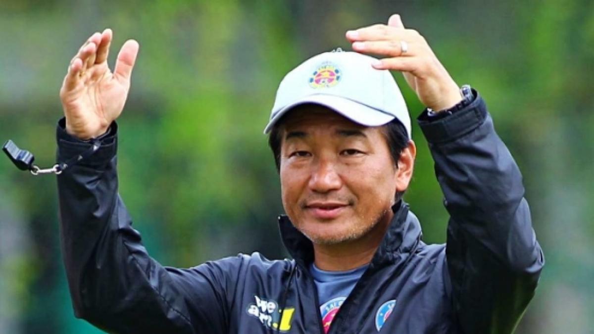Nóng: Sài Gòn FC sa thải HLV Shimoda