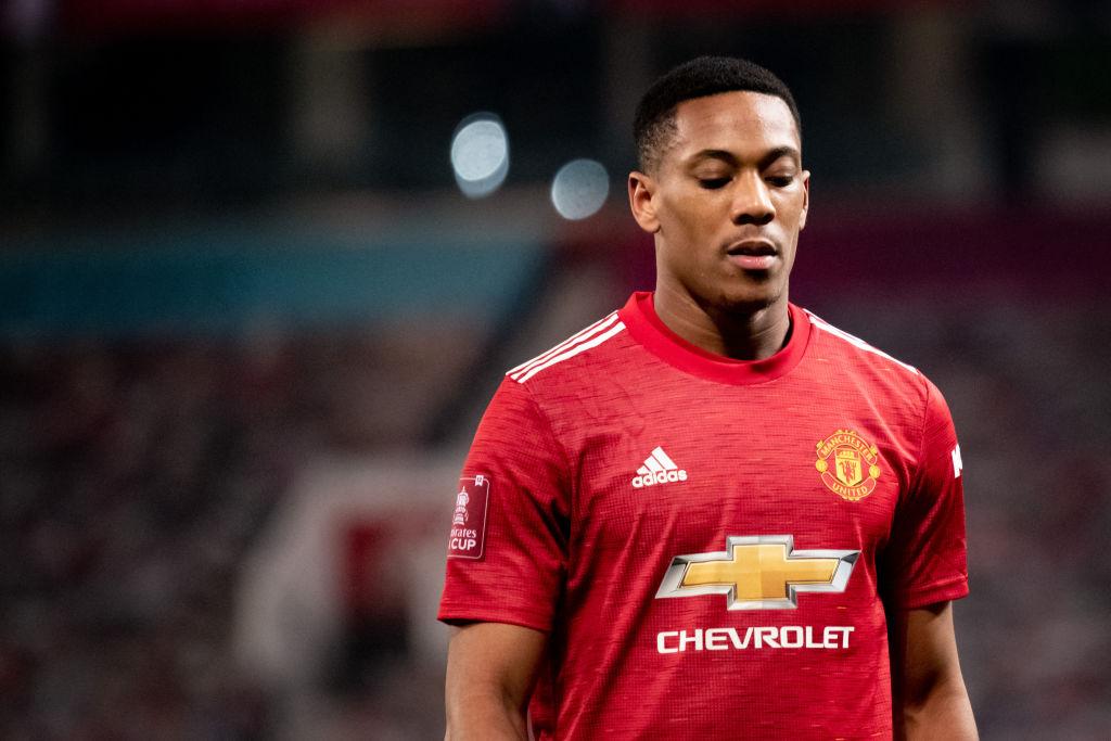 Anthony Martial đối mặt với cuộc chiến về thể lực trước trận derby thành Manchester